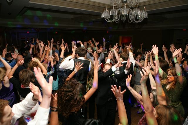 The Top 50 Songs for Weddings to Pack the Dance Floor